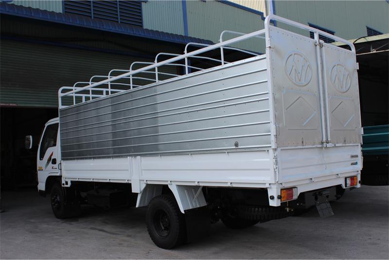 Xe tải chiến thằng 3t45