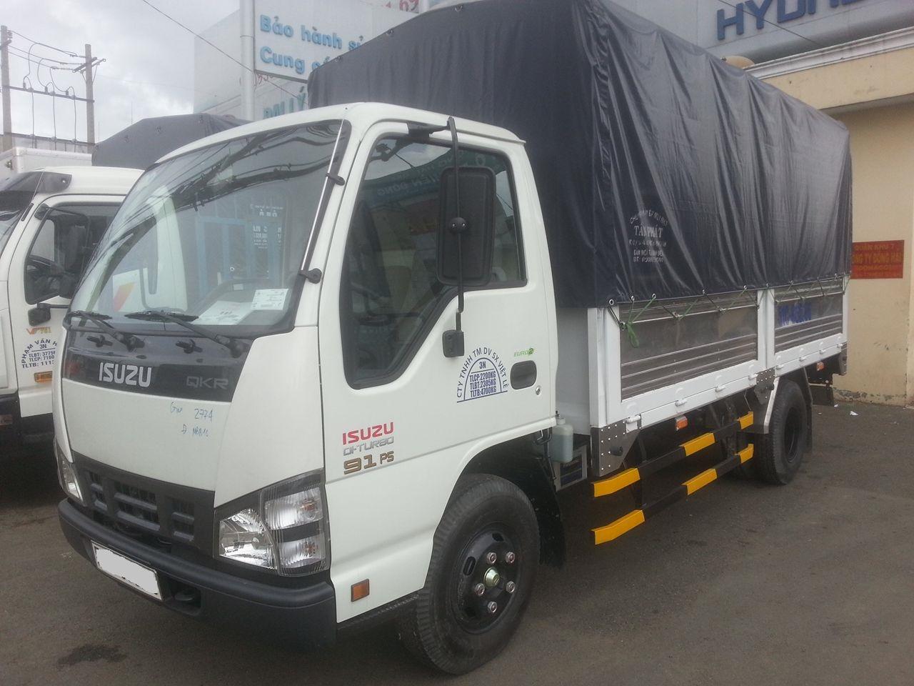 xe tải isuzu 2t8